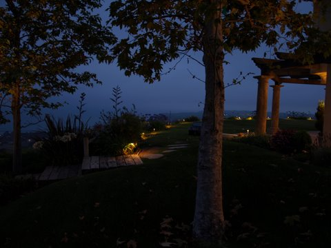 Calabasas Landscape Lighting Pathways